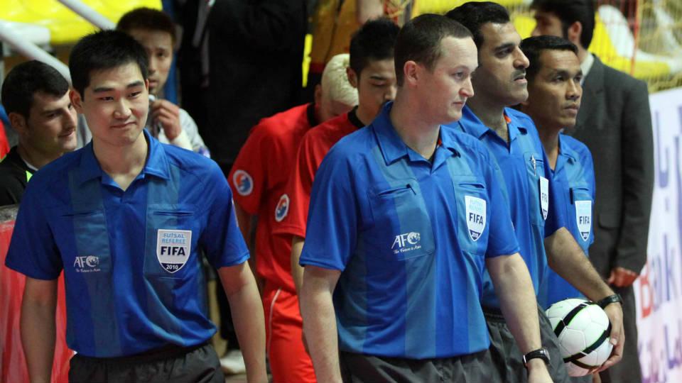 Pertandingan Futsal tidak menggunakan Injury Time karena telah memiliki Time Keeper